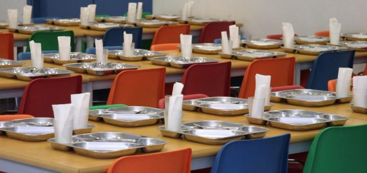 """Isaac Albert: """"Tirar-se els plats públicament per si es passa gana als menjadors escolars a Terrassa, no sé si dona vots però estic segur que no soluciona una millora de la gestió dels serveis a la ciutat"""""""