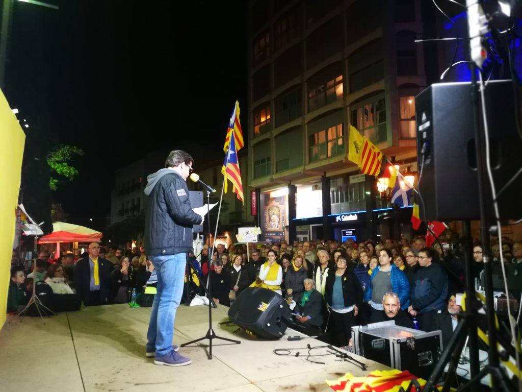 Isaac Albert ha llegit la carta d'Oriol Junqueras dirigida als terrassencs i terrassenques que des de fa un any clamen per la llibertat desl presos polítics